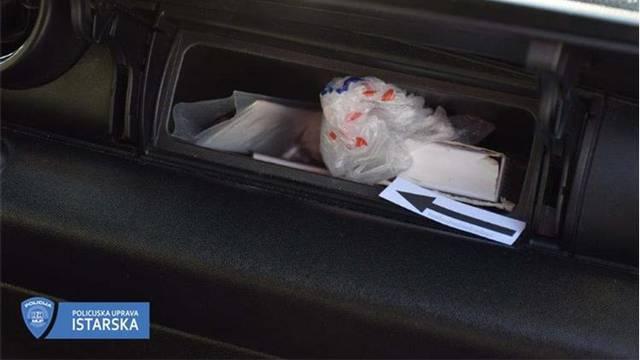 Ulovljen pulski diler, u autu skrivao heroin za prodaju
