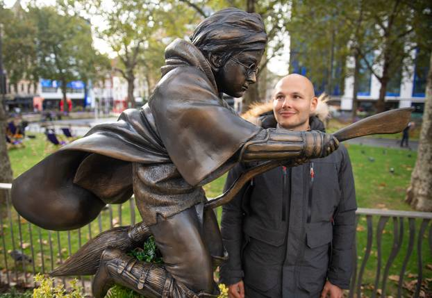 H. Potter zauvijek u potrazi za kamenom mudrosti u Londonu