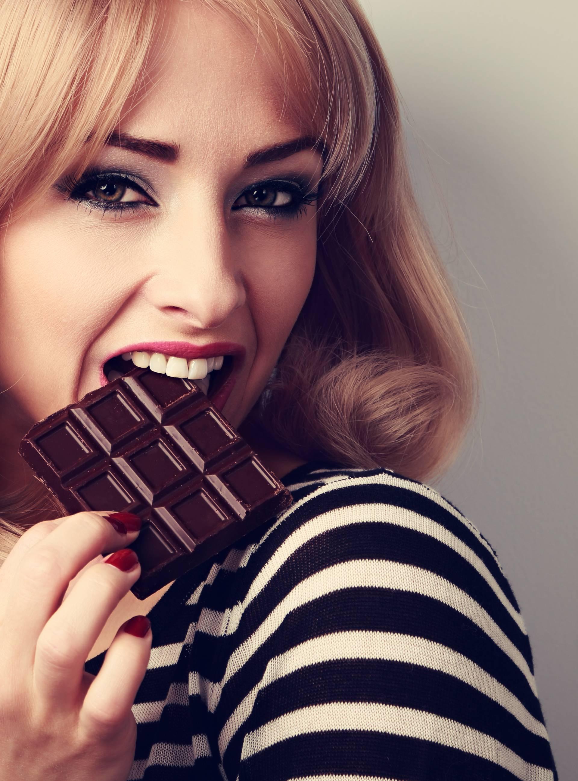 Evo zašto baš nikad ne treba držati čokoladu u hladnjaku...