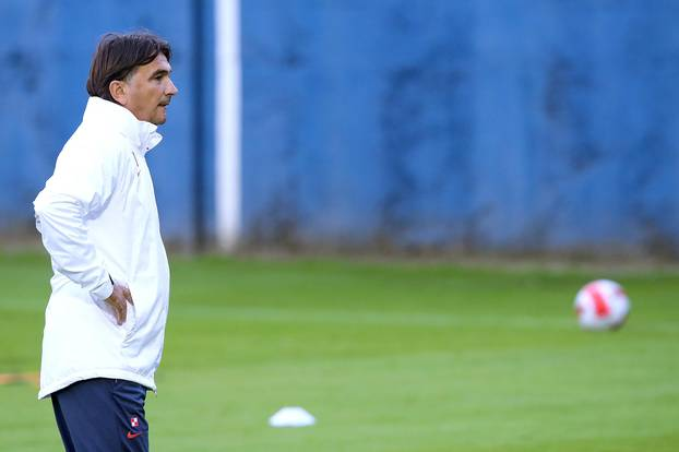 VIDEO Nasmijani Modrić se priključio i podigao atmosferu, Dinamov as propustio trening
