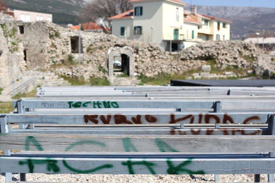 Devastacija: Povijesnu solinsku utvrdu išarali su grafitima