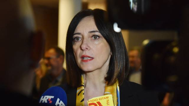Vodice: Ministrica Divjak sudjelovala je na stručnom skupu ravnatelja osnovnih škola