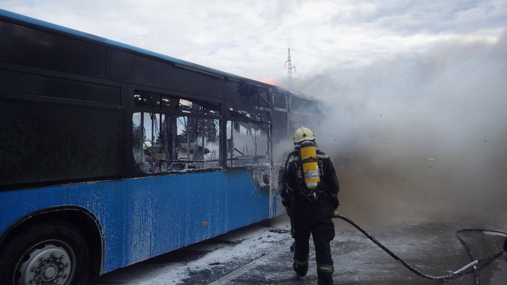 Buktinja na cesti: Zapalio se ZET-ov bus kod Velike Gorice