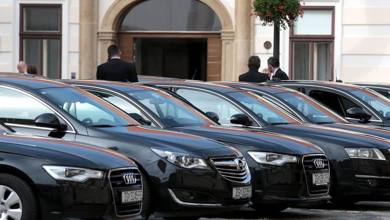 Usred krize natječaj za aute?! Plenković: To ćemo stopirati