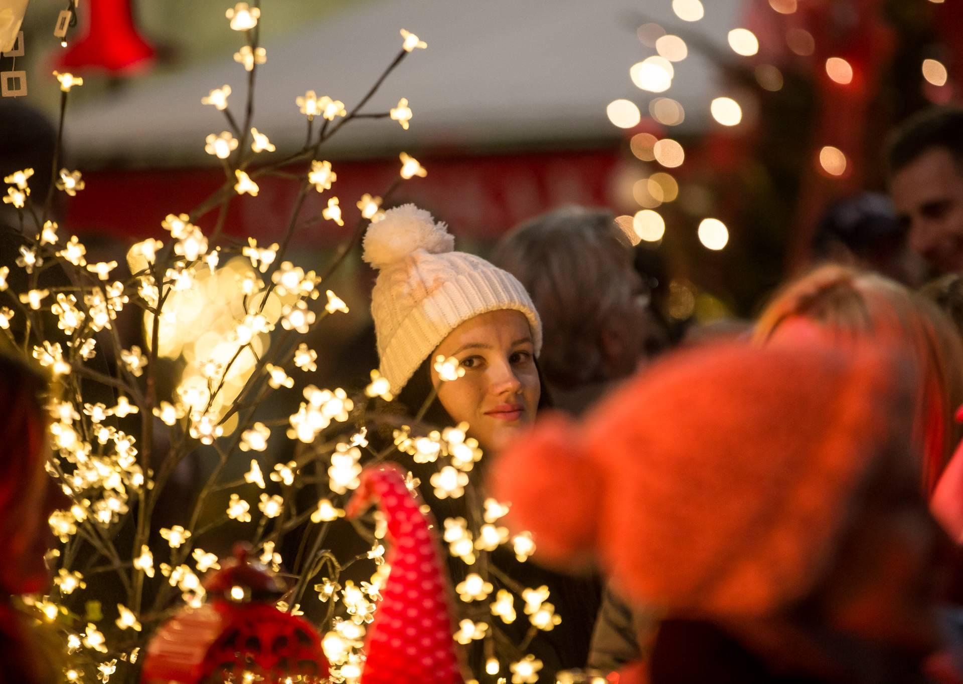 Posjetite Božićni sajam na splitskoj Rivi