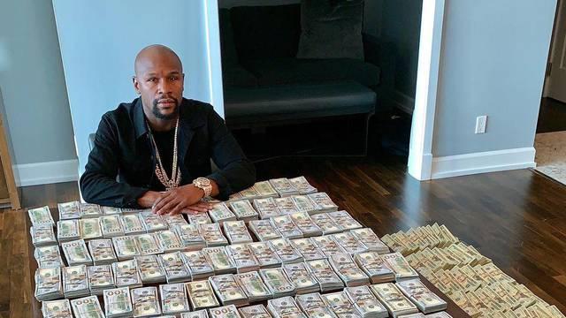 Njemu nikad dosta love: Floyd Mayweather se kladio protiv Conora i zaradio 200.000 kn