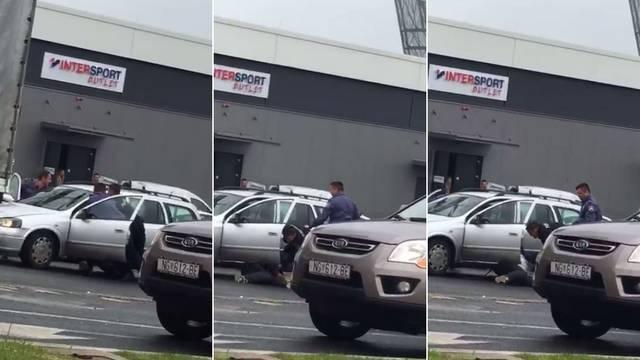 'Bio je mrga! Četiri policajca su ga morala izvući iz automobila'