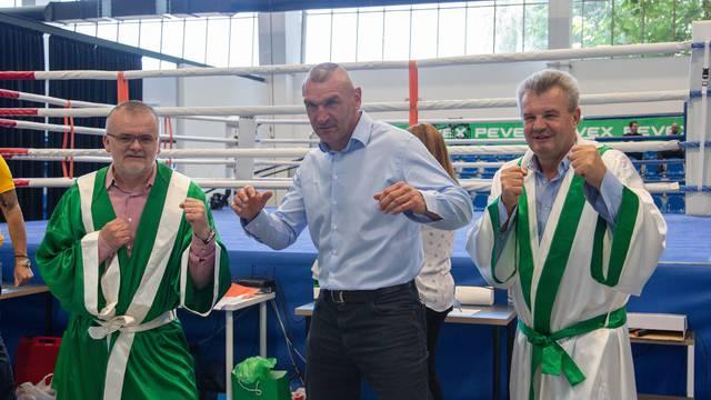 Pevex nastavio generalno sponzorstvo Hrvatskog boksačkog saveza, ponovno održani i mečevi