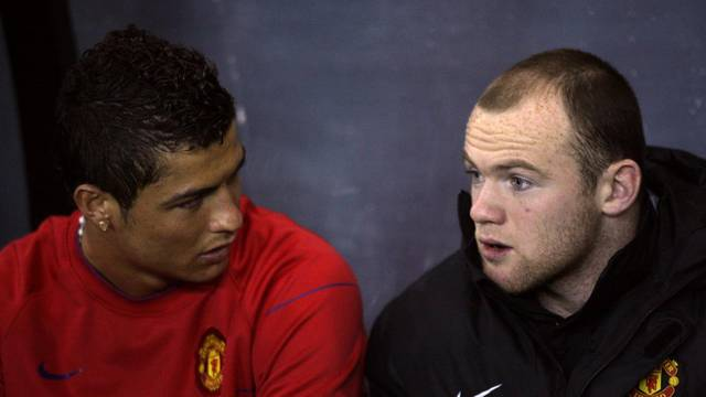 Soccer - Carling Cup - Semi Final - First Leg - Derby County v Manchester United - Pride Park