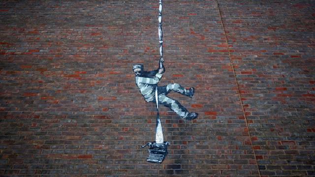 Novo Banksyjevo djelo krasi zid bivšeg zatvora u Readingu