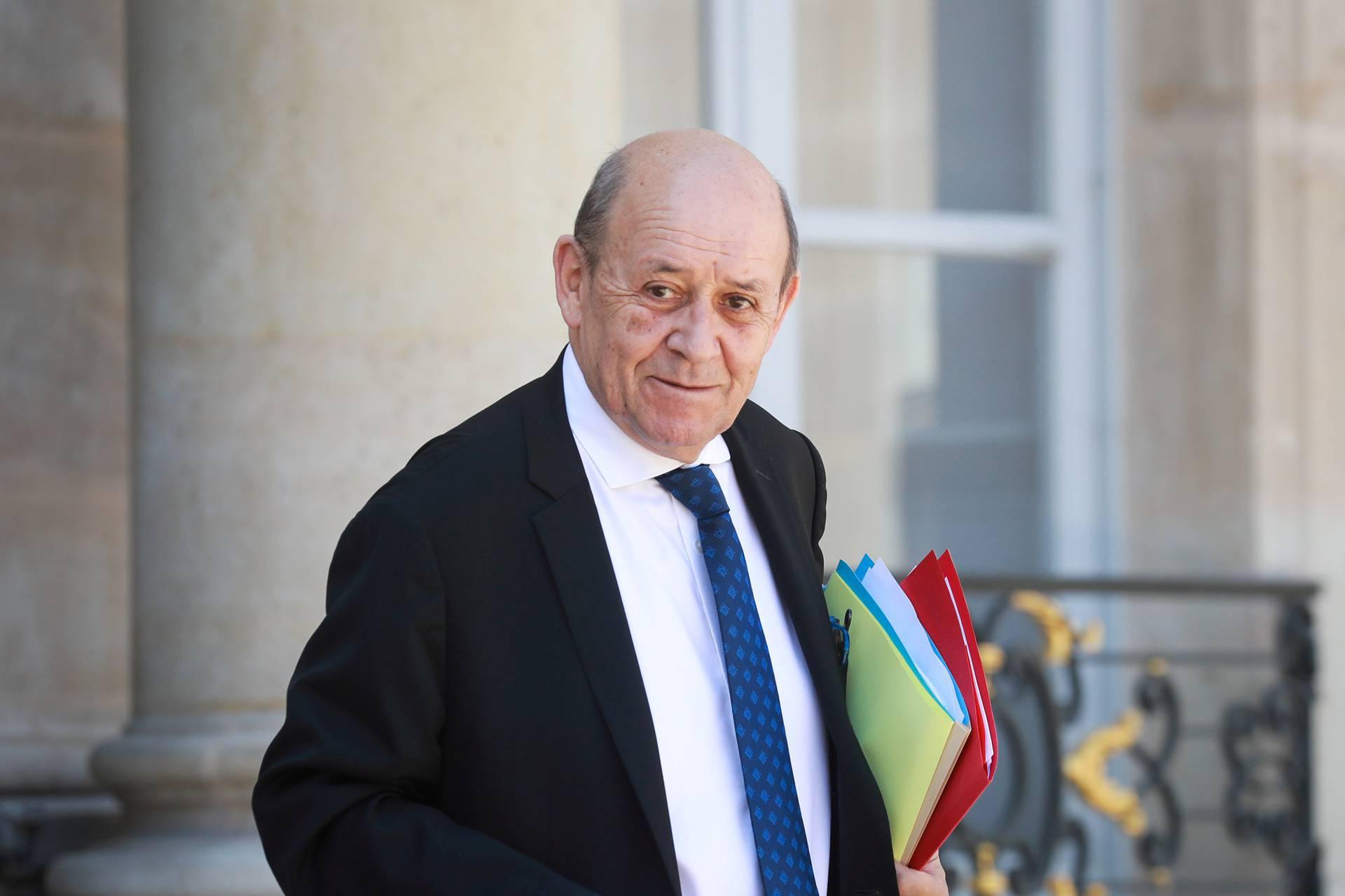 Francuski ministar šalje 'poruku mira muslimanskom svijetu'
