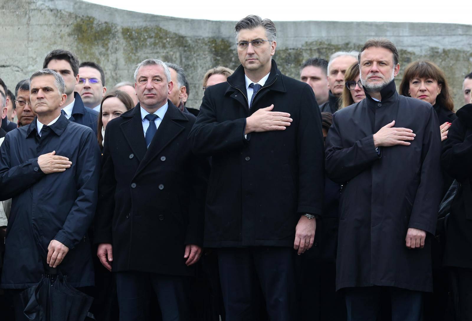 Plenković: 'Nema razloga da se mi svrstavamo na dvije strane'