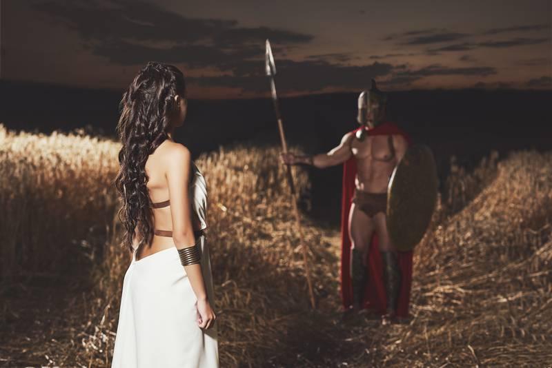 Prostitutke 'pornai' klijente su mamile sandalama s porukom 'prati me' - u drevnoj Grčkoj
