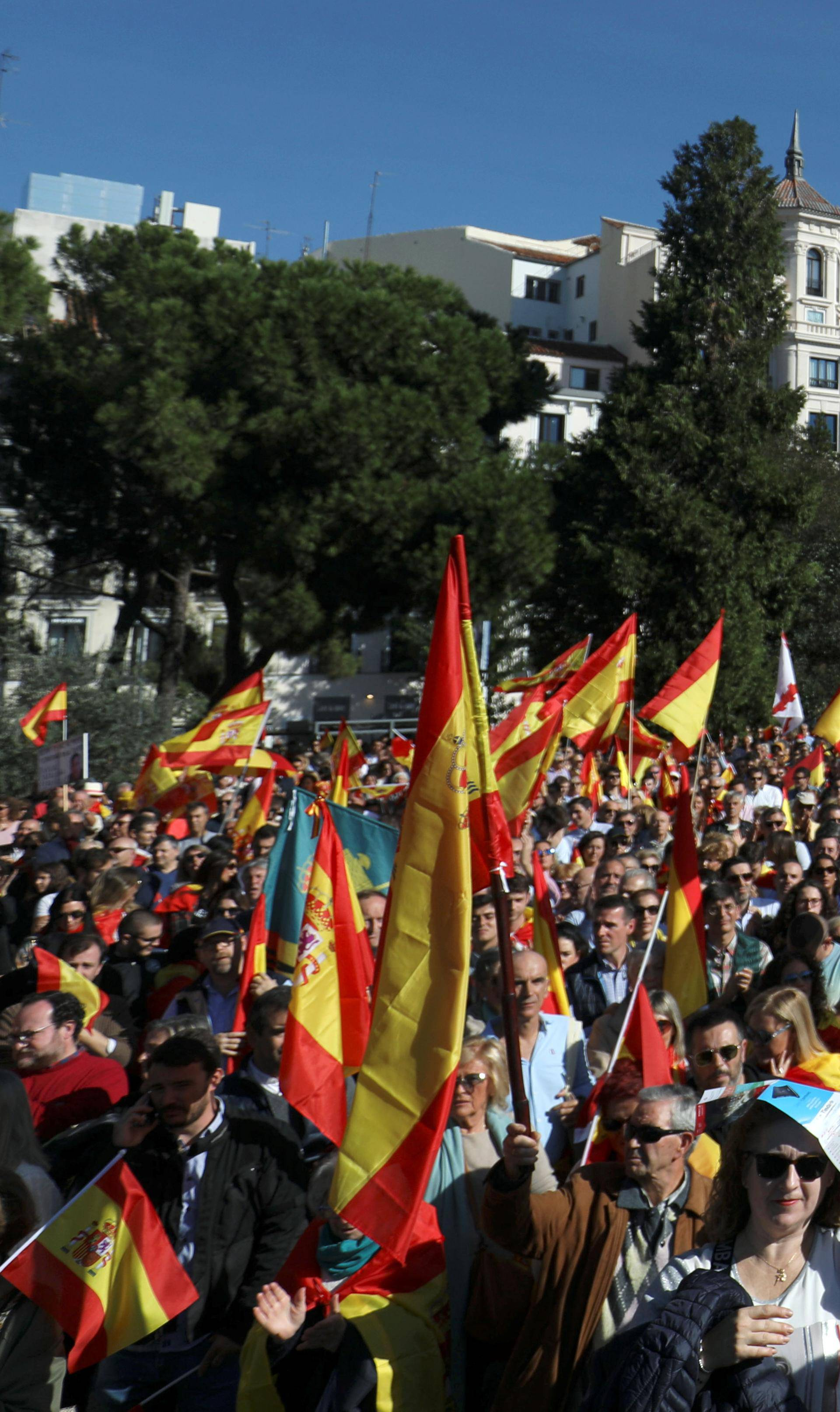 U Madridu 20.000 ljudi tražilo uhićenje katalonskih čelnika
