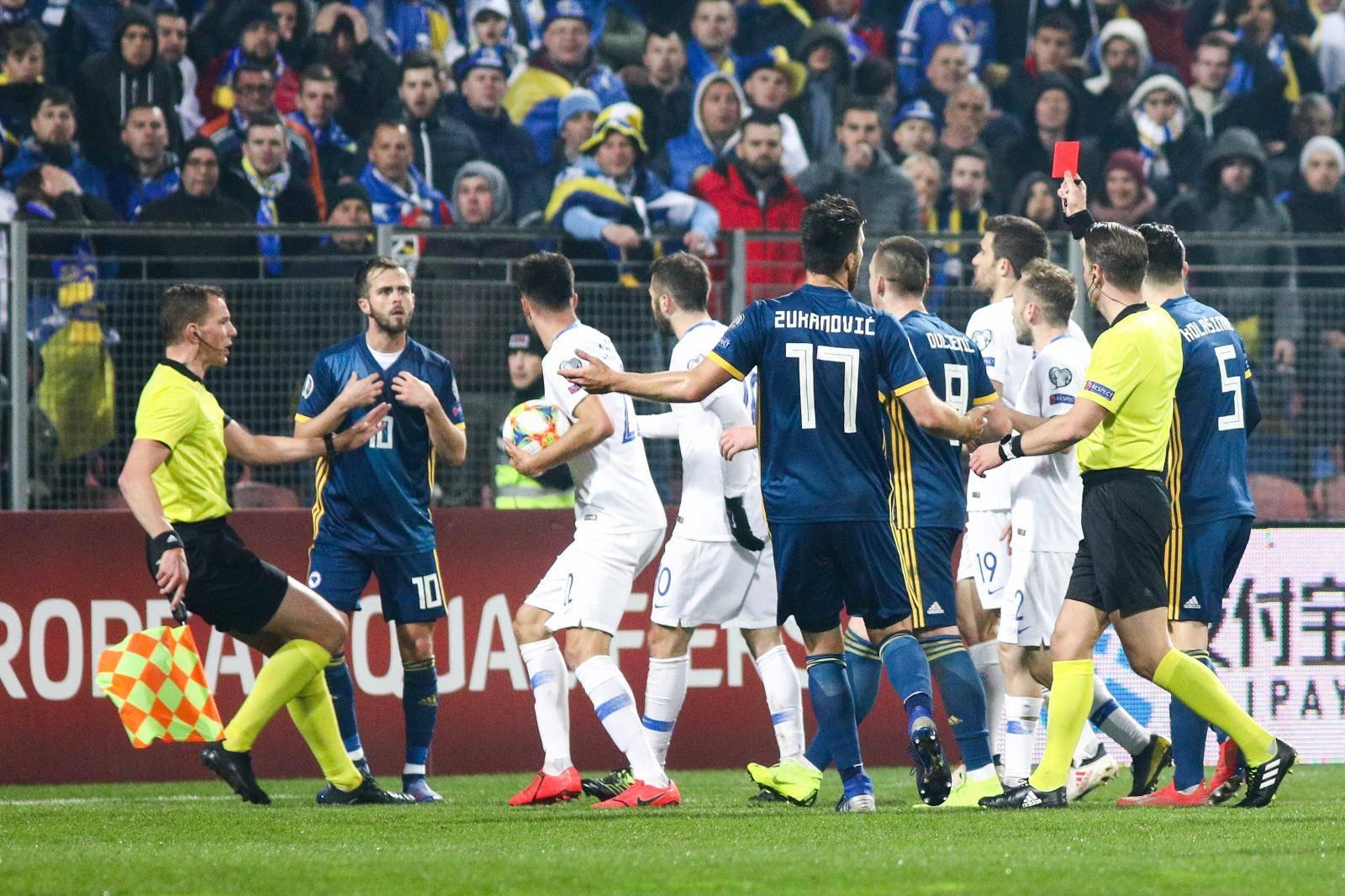 Zenica: BiH protiv Grčke u kvalifikacijskoj utakmici za Europsko nogometno prvenstvo 2020.