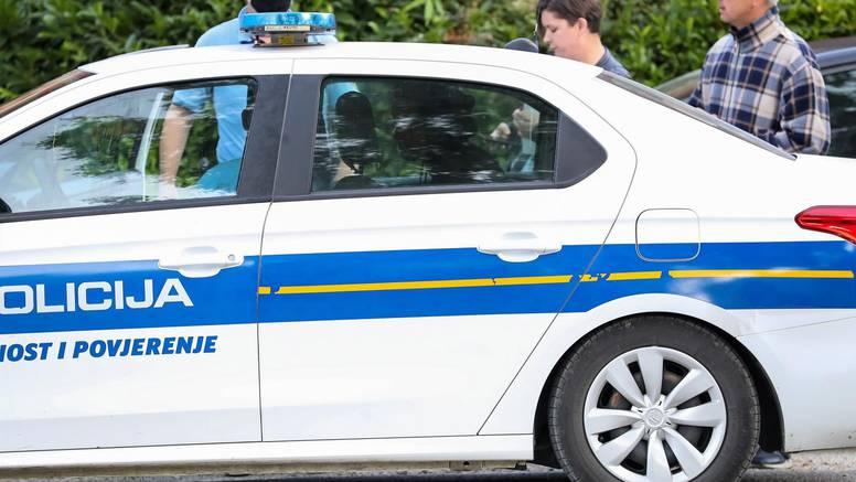 UŽIVO Policija kaznila osmero ljudi, a prijavila 26. Ravnatelj: 'Pokušavamo normalno raditi'
