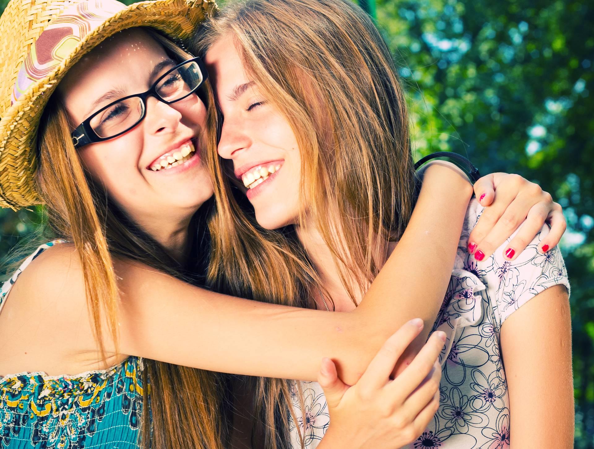 Imati sestru je zakon: Ona vas sluša i pomaže vam u svemu