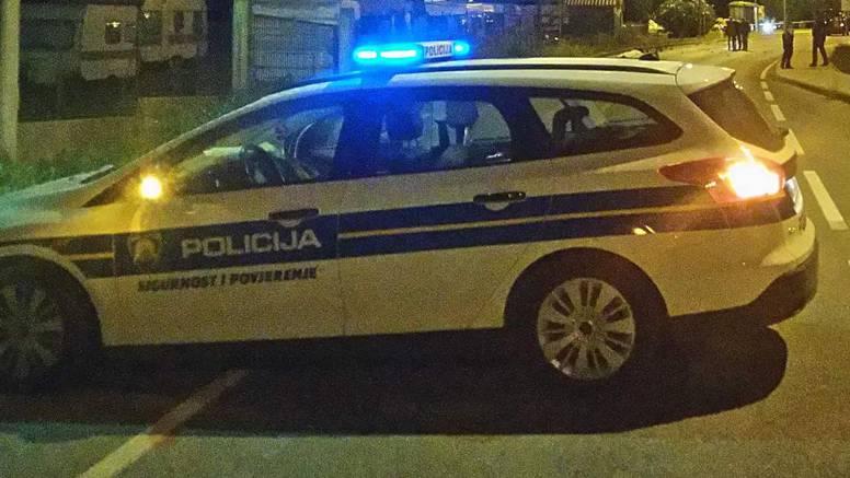 Bez vozačke je bježao policiji, prošao kroz tri crvena pa htio pobjeći pješice - nije uspio