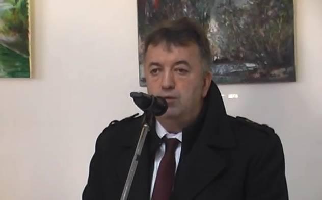 Šef općine tajnici: 'Oprosti što sam te na silu ljubio, neću više'