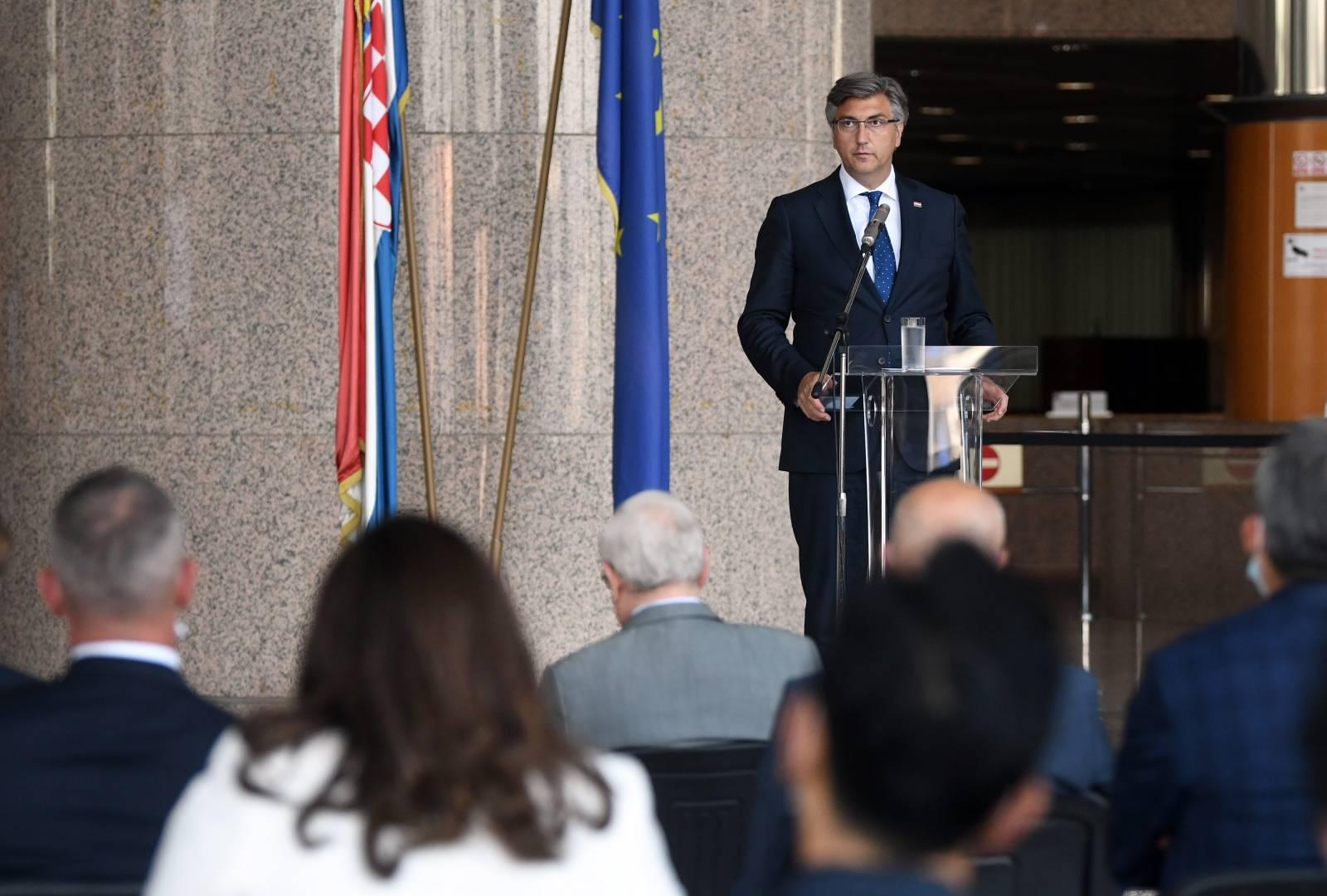 Zagreb: U NSK održan sastanak Andreja Plenkovića s diplomatskim zborom