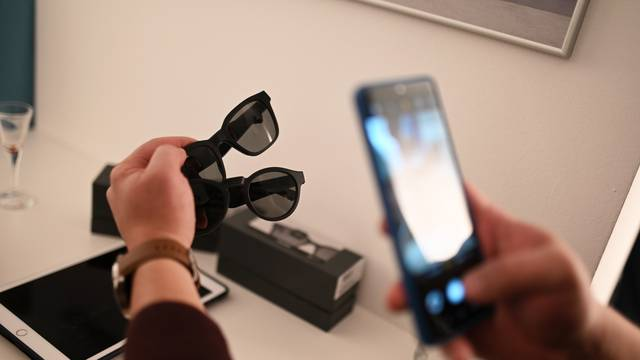 Zagreb dobio Bose premium shop, predstavili audio naočale