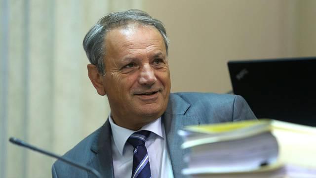 Željko Sabo ipak kandidat za gradonačelnika Vukovara, ali je prvo izbrisao 103 člana stranke