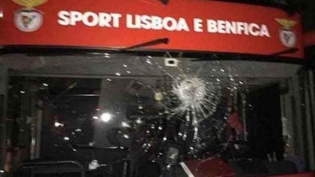 Napadnut bus Benfice: Gađali ih kamenjem, ozlijedili dva igrača
