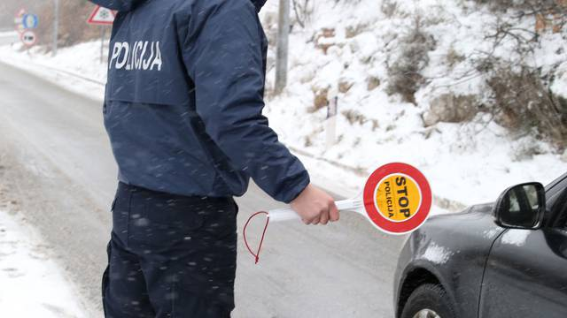 Od danas je obavezna zimska oprema - kazna je 1000 kuna