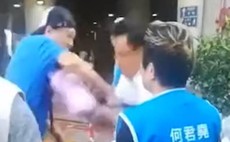 Uznemirujuća snimka: Nožem napao čovjeka u Hong Kongu