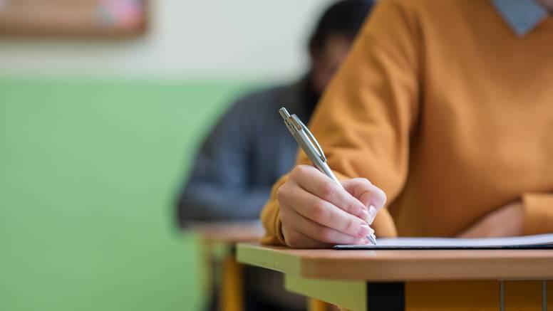 Zabrinjavajući rezultati: Svaki 10. gimnazijalac dobio je 0 bodova na eseju iz hrvatskog