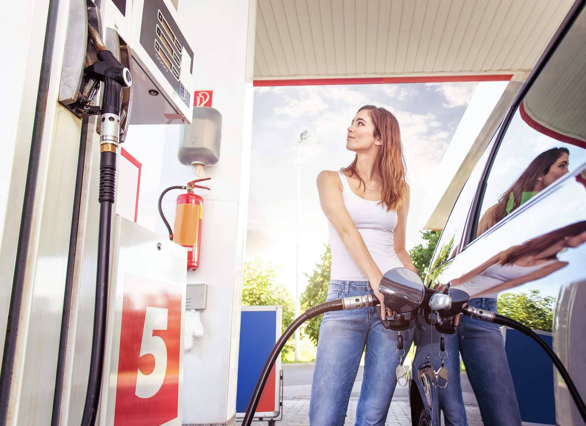 Spremnik dizela bit će jeftiniji za 12,5 kuna, benzin skuplji...