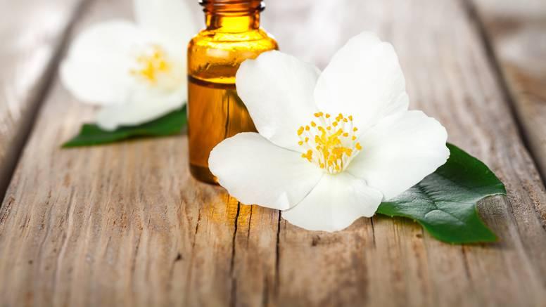 Moć mirisa: Ovo je najbolje ulje za tjeskobu i za spavaću sobu