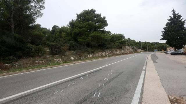 Šibenik: Mjesto prometne nesreće na južnoj magistrali u kojoj je smrtno stradala jedna osoba