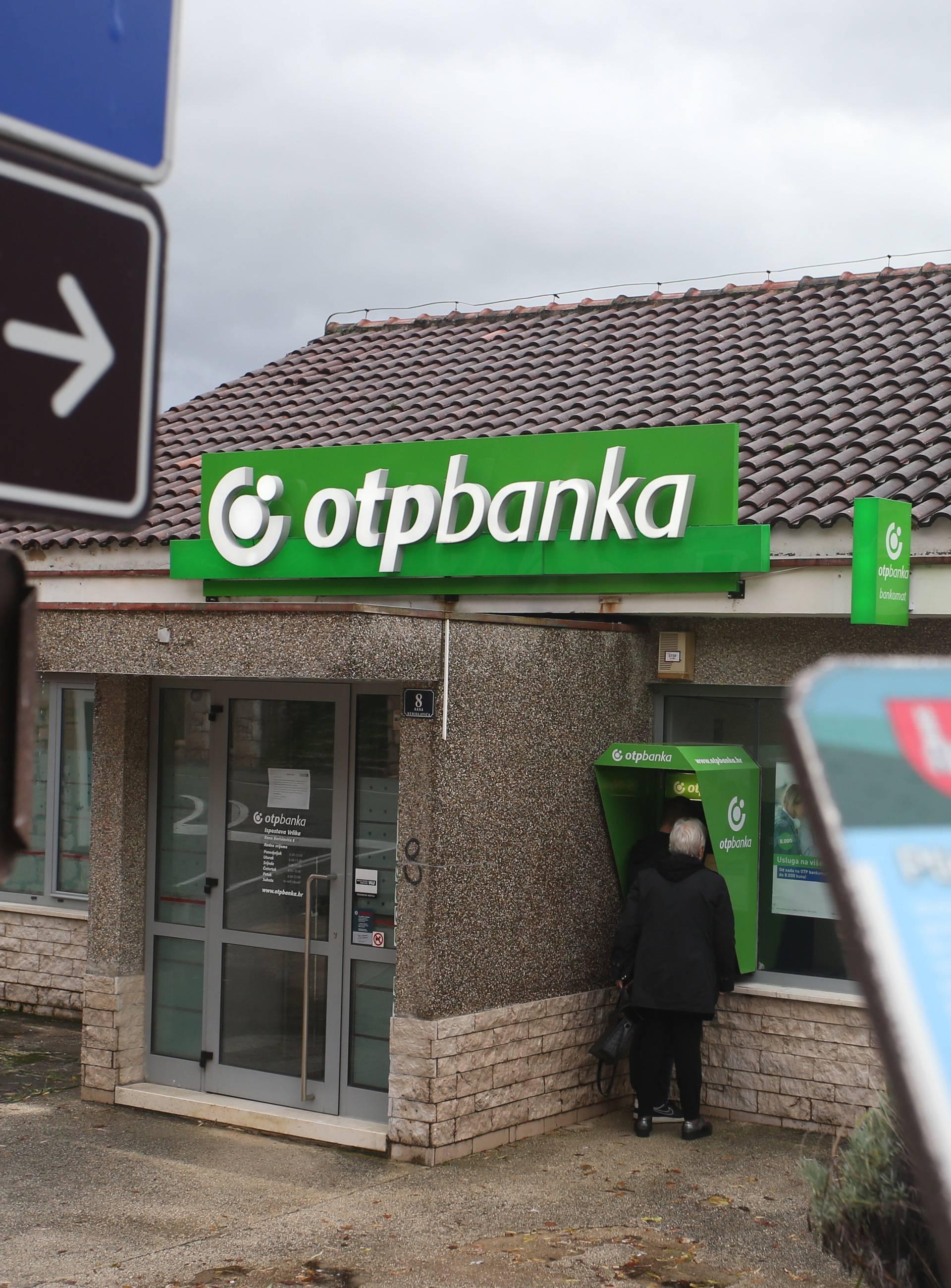 Vrličani kažu da je bio otrov za žene: Bankar isplanirao bijeg?