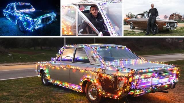 Božićni auto iz Sukošana: 'Svi se  dolaze slikati s našim Fordom'
