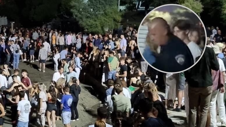 VIDEO Zvižduci policiji na Bačvicama: Priveli mladića koji je puštao glazbu preko zvučnika