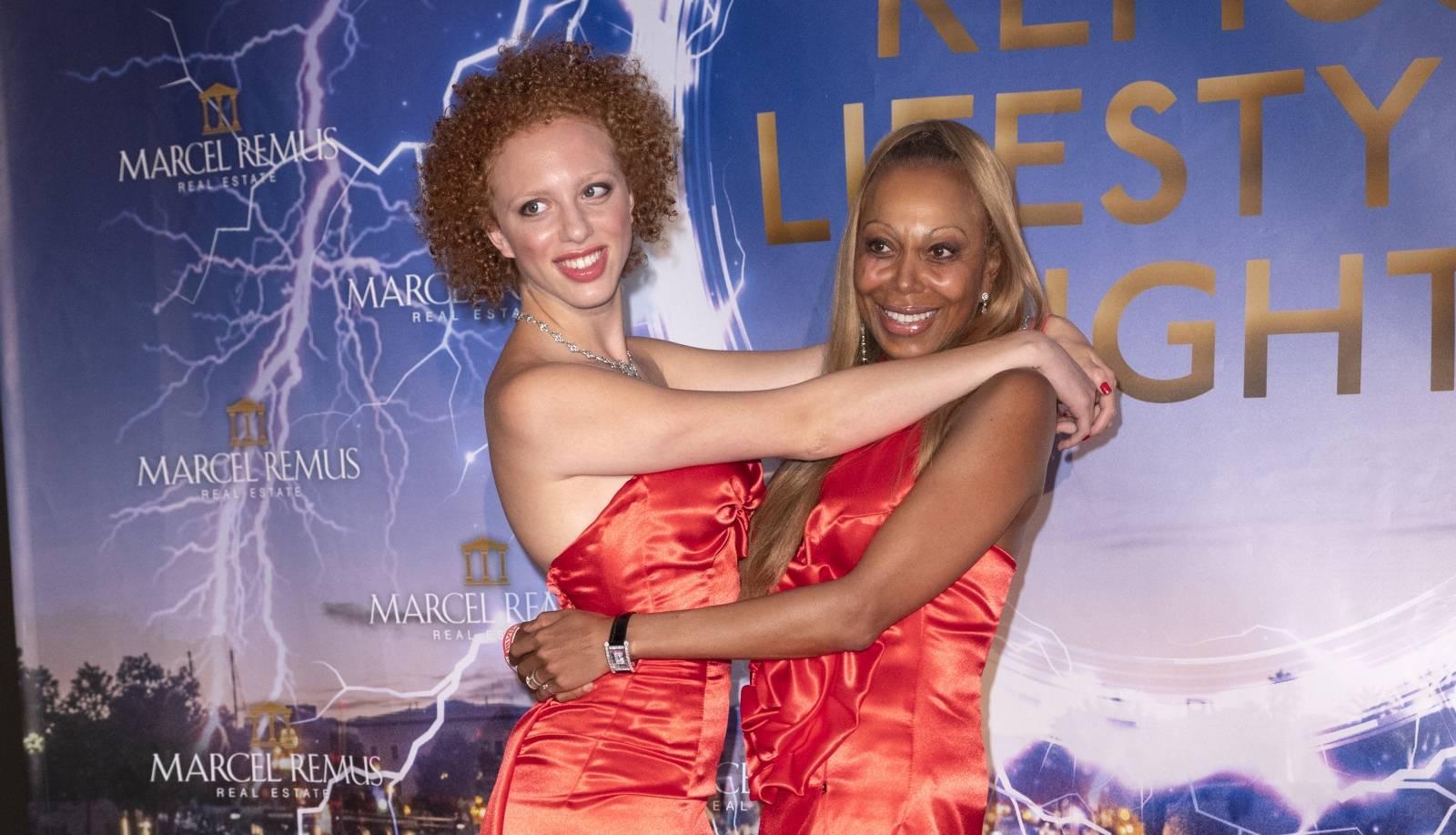 Anna Ermakova, Angela Ermakova à la soirée Remus Lifestyle Night à l'hôtel Lau à Palma de Majorque
