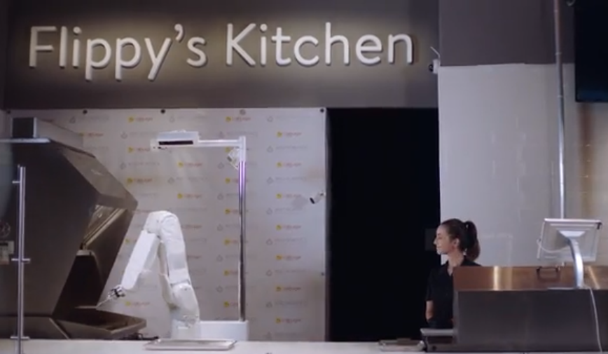 Robot na roštilju: Flippy kuha, čisti i uči kako to raditi bolje
