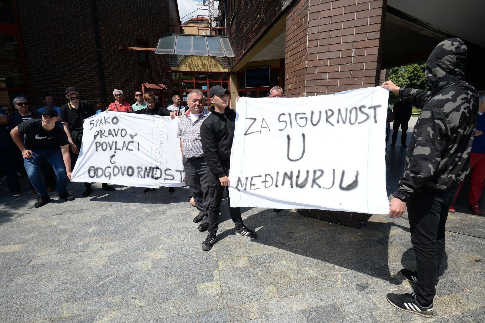 Incident na prosvjedu za koji Kajtazi kaže da je protiv Roma