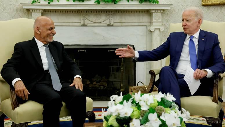 U zadnjem pozivu prije pada Kabula, predsjednici Biden i Gani nisu bili svjesni prijetnje