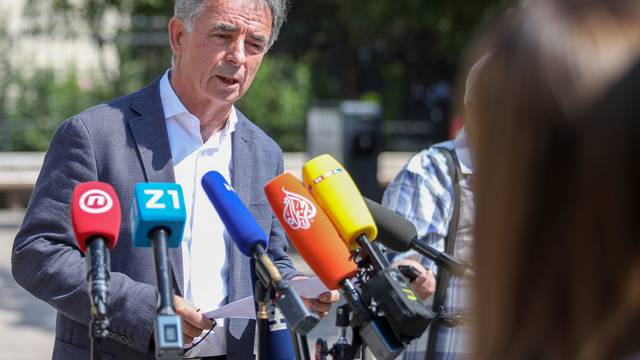 Zagreb: Pupovac se obratio javnosti na konferenciji za medije