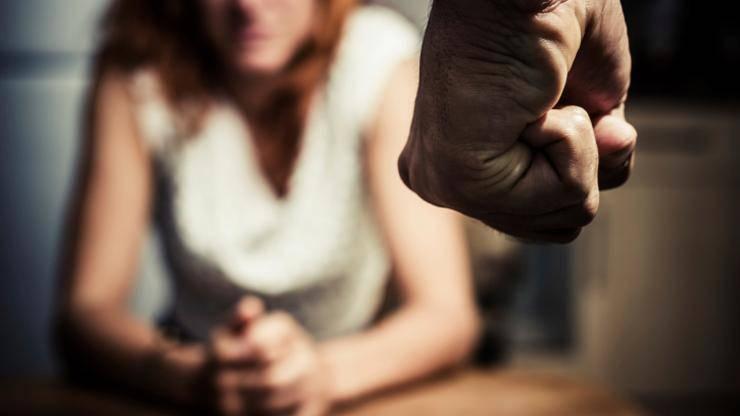 Majci (21) dvoje djece probio je slezenu, ozlijedio glavu, prsa...