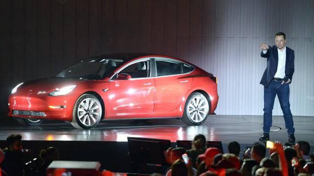 Tesla otpušta 9 posto radnika, ali Musk kaže da nema panike