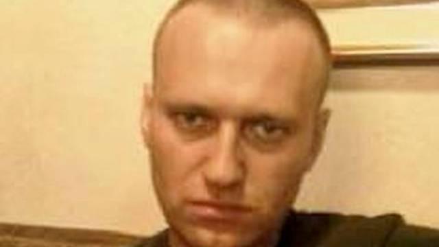 Navaljni tvrdi da mu u zatvoru uskraćuju liječničku pomoć, zatvorska služba sve demantira