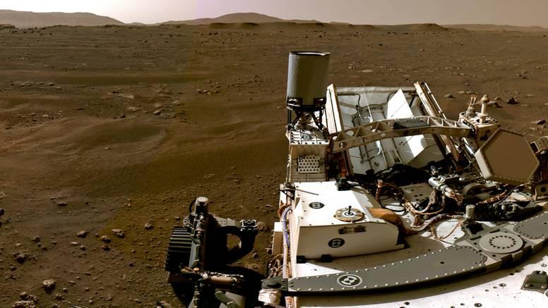 Čudesna nova fotografija Marsa