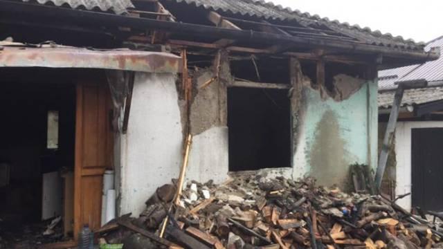 Jajce: U obiteljskoj kući svijeća izazvala požar, poginula curica
