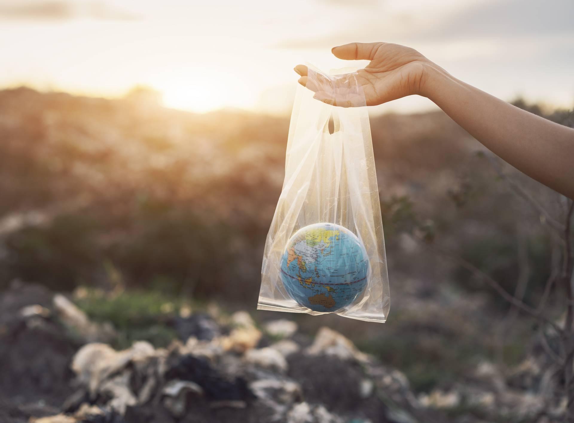 Ljudi žele izbaciti plastiku, ali to im je još uvijek - preskupo