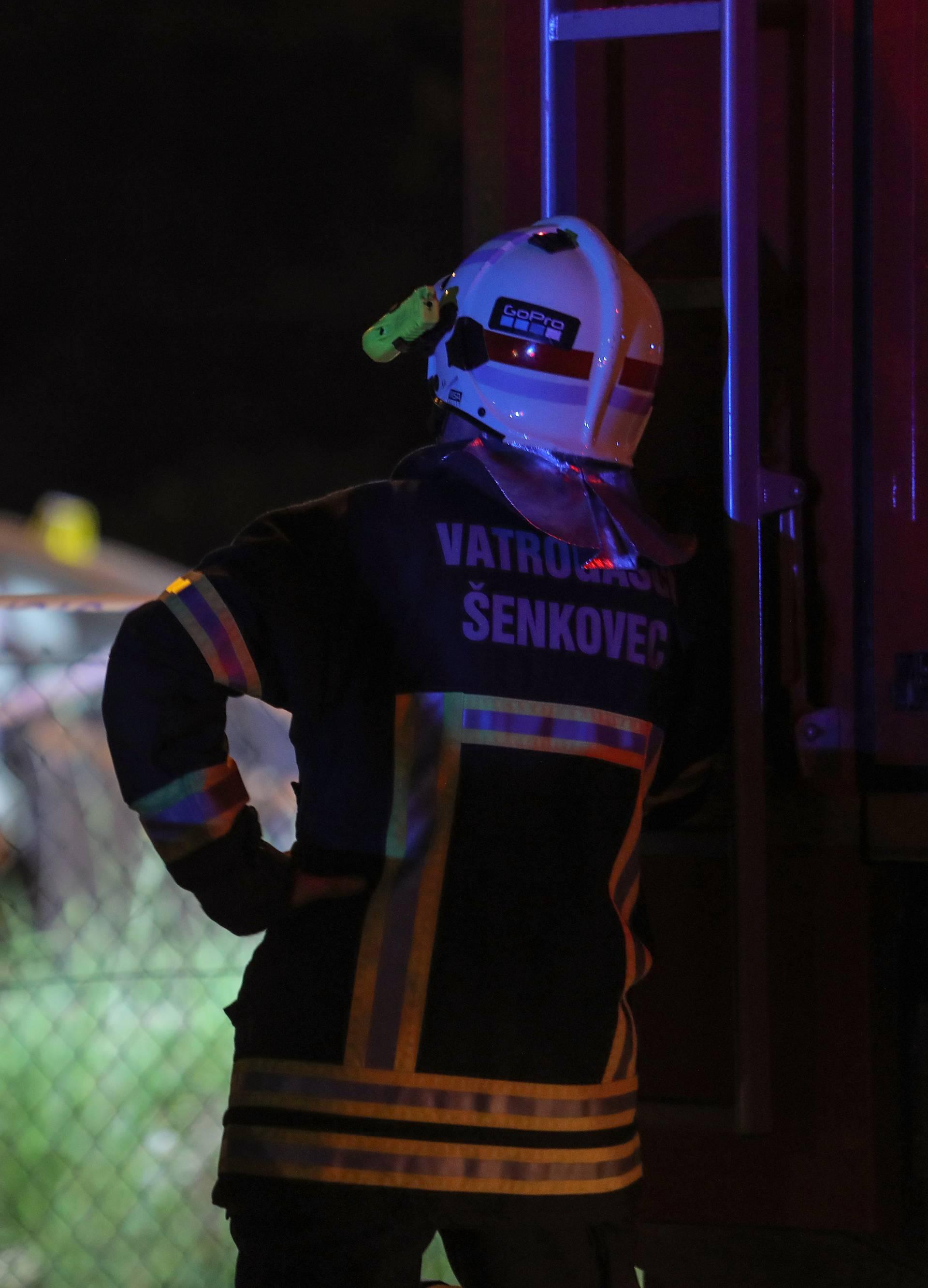 U naletu vlaka na auto umrla je djevojka (27), sestre ozlijeđene