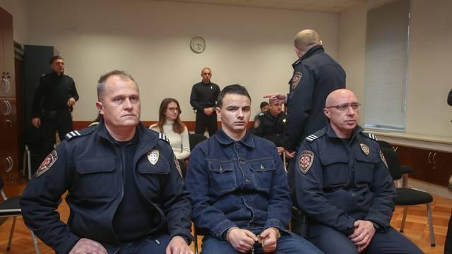 Suđenje Komšiću i trojici prijatelja za oštećivanje automobila Kristine Krupljan