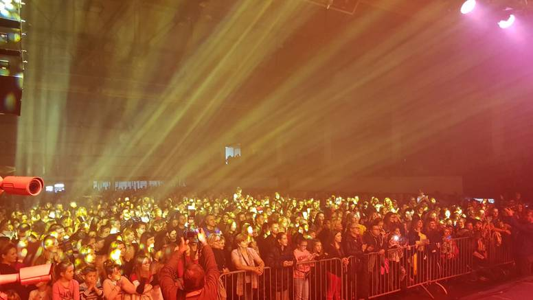 Na dobrotvornom koncertu Petra Graše  skupili 100.000 kn